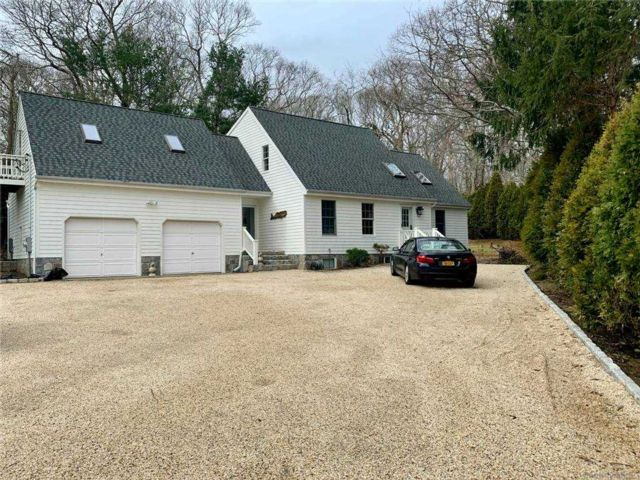 4 BR,  3.00 BTH  Cape style home in Sag Harbor