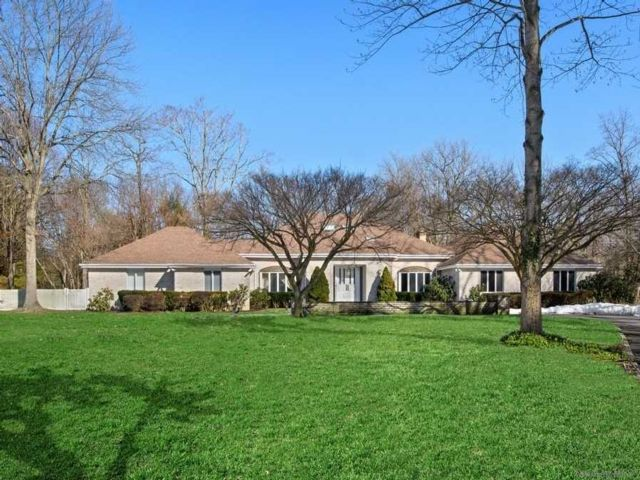 [Lattingtown Real Estate, listing number 3178685]