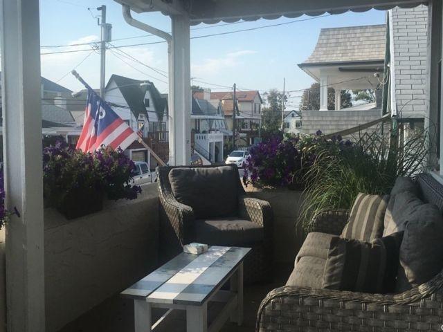 3 BR,  1.00 BTH Multi family style home in E Atlantic Beach