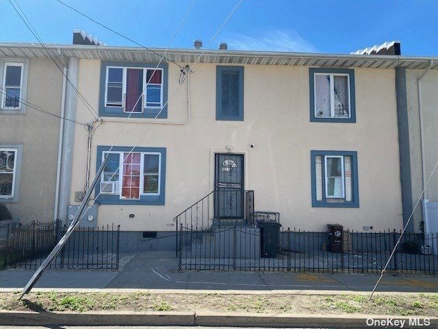 [Far Rockaway Real Estate, listing number 3179366]