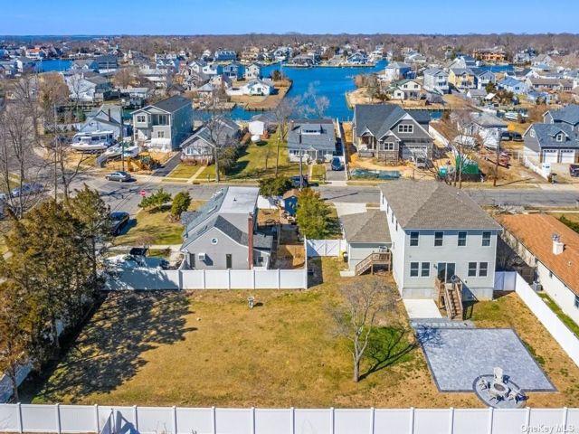 [Massapequa Real Estate, listing number 3179680]