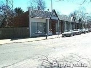 Studio,  0.00 BTH  Commercial style home in Malverne