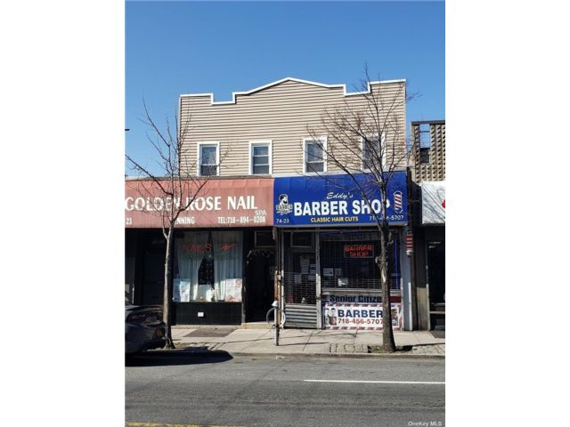 2 BR,  4.00 BTH Store+dwell style home in Middle Village