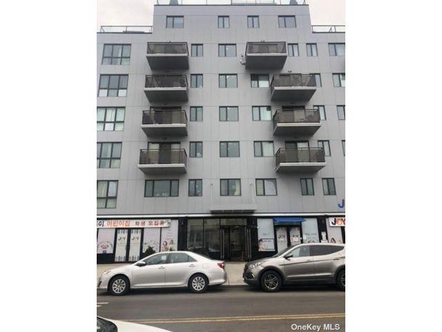 [Flushing Real Estate, listing number 3180201]