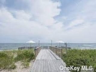 1 BR,  1.00 BTH Other style home in East Quogue