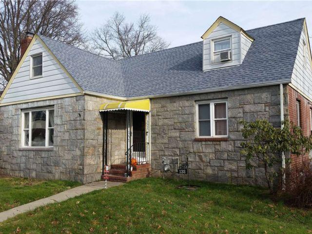 4 BR,  2.00 BTH Cape style home in Franklin Square