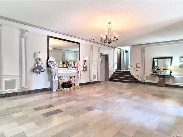 [Elmhurst Real Estate, listing number 3180809]