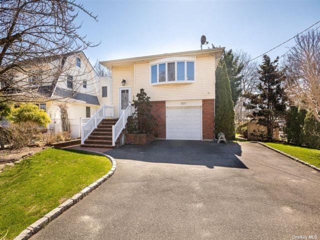[Oceanside Real Estate, listing number 3180830]