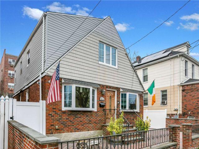 [Woodside Real Estate, listing number 3180911]