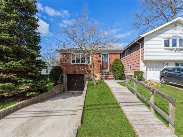 [Albertson Real Estate, listing number 3180915]