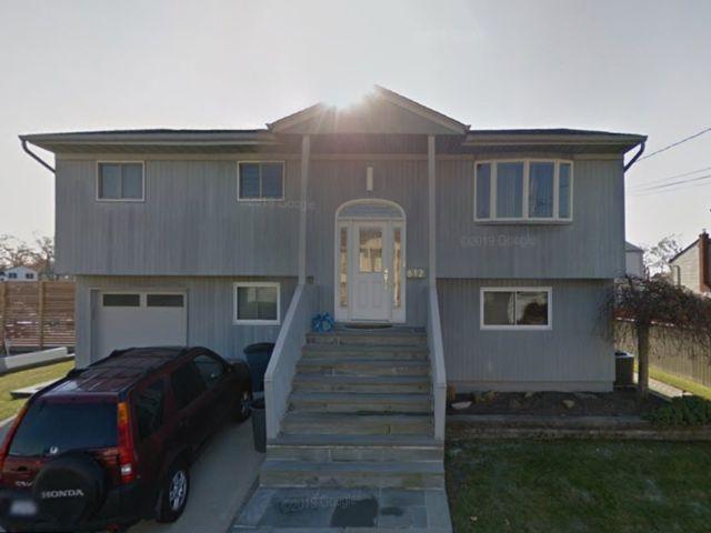 5 BR,  3.00 BTH Hi ranch style home in Oceanside