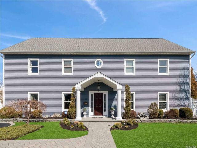 [Westbury Real Estate, listing number 3180995]