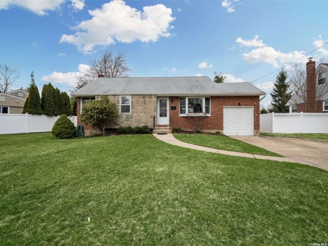 [East Northport Real Estate, listing number 3181002]
