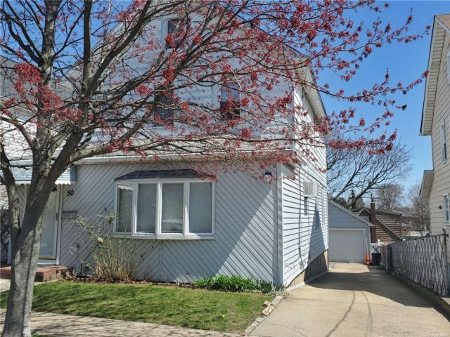 [Franklin Square Real Estate, listing number 3181026]
