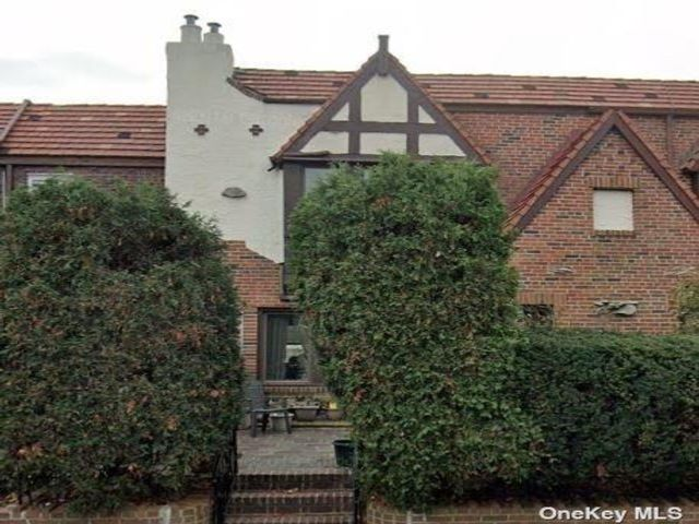 3 BR,  2.00 BTH Tudor style home in Rego Park