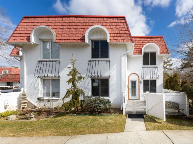3 BR,  2.00 BTH Other style home in Medford