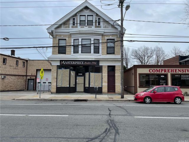 1 BR,  1.00 BTH Mixed use style home in Floral Park