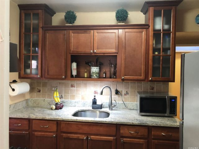 [Woodhaven Real Estate, listing number 3181403]