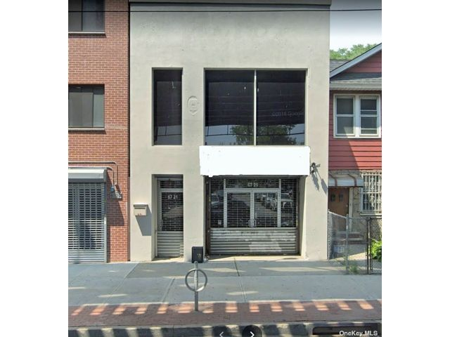 Studio,  4.00 BTH Contemporary style home in Woodside