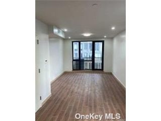 1 BR,  1.00 BTH  Other style home in Long Island City