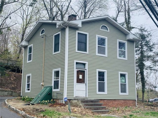 2 BR,  2.00 BTH Hist style home in Port Jefferson
