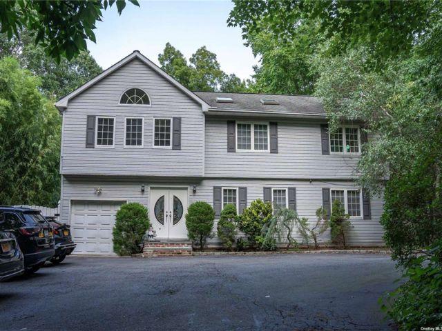 [Woodbury Real Estate, listing number 3181950]