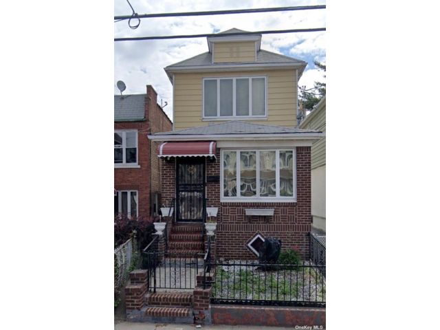 2 BR,  2.00 BTH Colonial style home in East Flatbush
