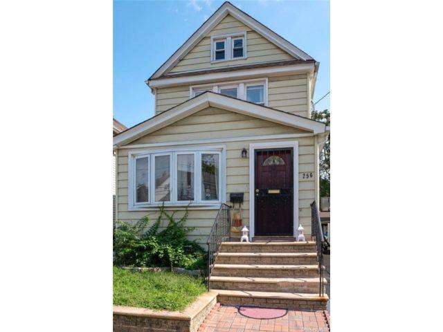 [Garden City Park Real Estate, listing number 3182308]
