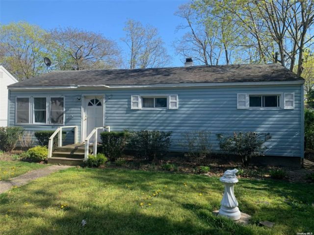 3 BR,  1.00 BTH Ranch style home in Riverhead