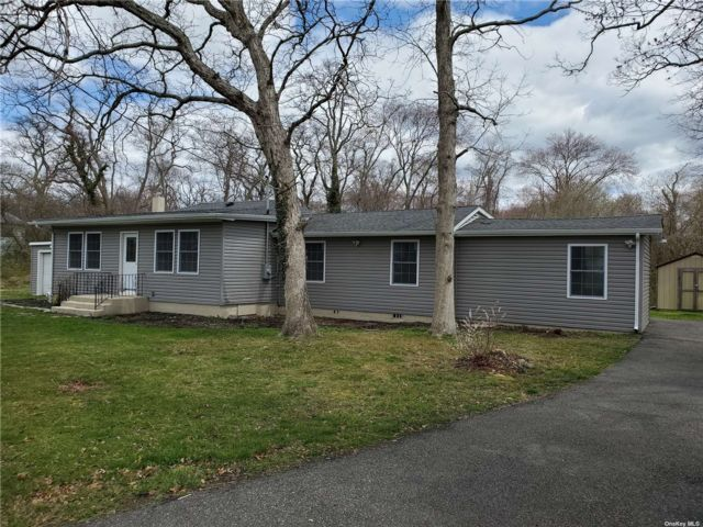 4 BR,  2.00 BTH Ranch style home in Oakdale