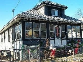 4 BR,  2.00 BTH Bungalow style home in Roosevelt