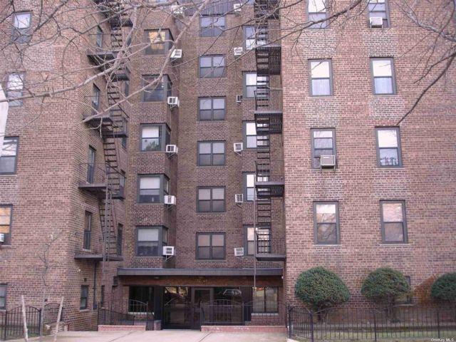 [Jackson Heights Real Estate, listing number 3183754]
