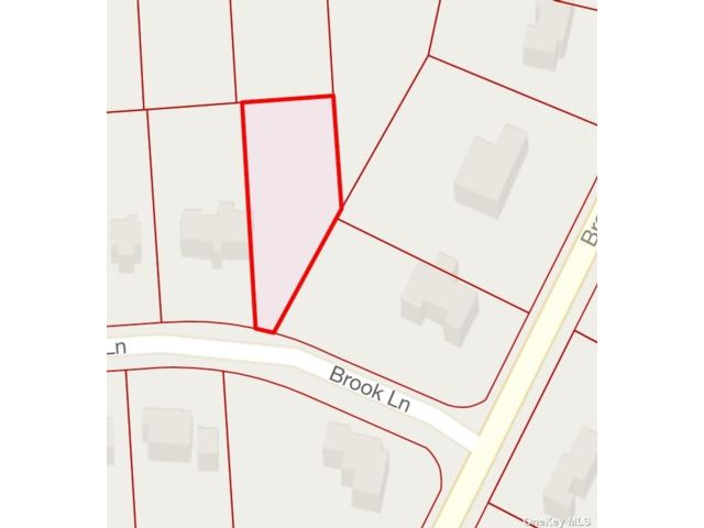 Lot <b>Size:</b> .43 Land style home in Smithtown