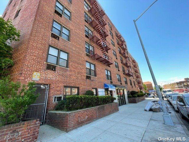 [Elmhurst Real Estate, listing number 3184993]