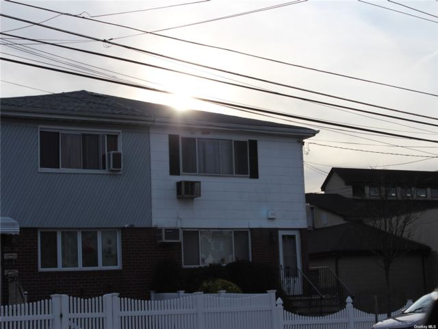 4 BR,  2.00 BTH 2 story style home in Rosedale