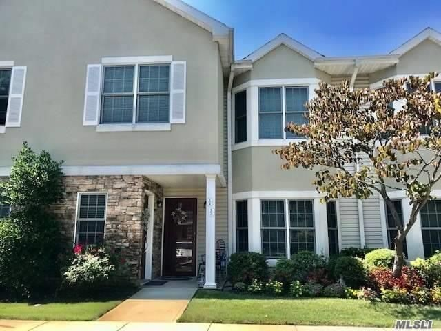 2 BR,  2.00 BTH Townhouse style home in Port Washington