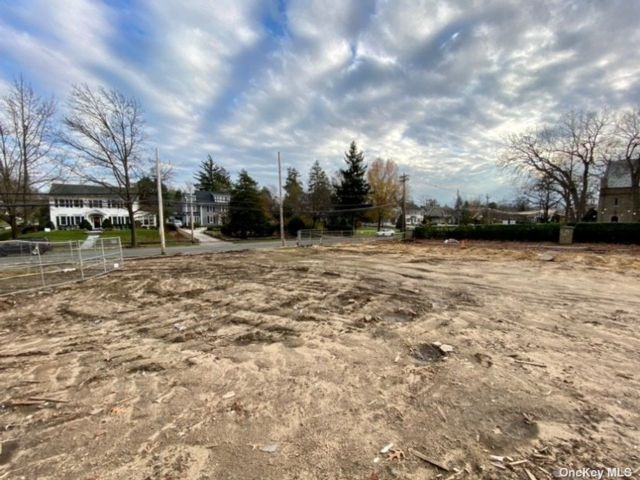 Lot <b>Size:</b> .18 Land style home in Rockville Centre