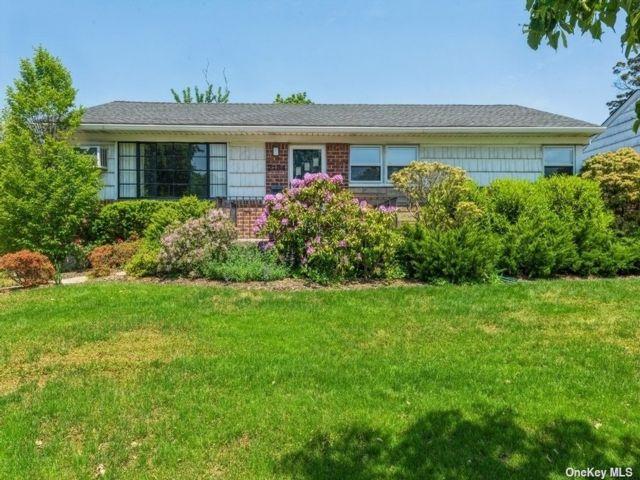 [Elmont Real Estate, listing number 3186922]