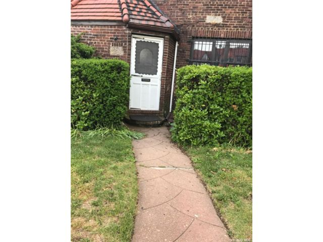 1 BR,  1.00 BTH Apt in house style home in Queens Village