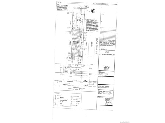 Lot <b>Size:</b> 19.42x95 Land style home in East Elmhurst