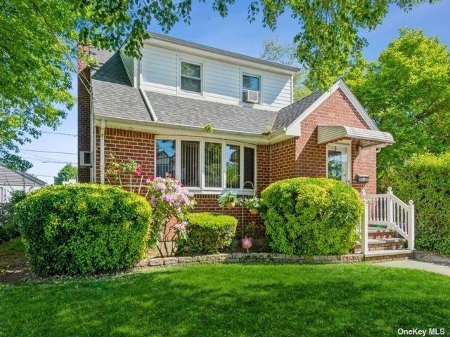 [New Hyde Park Real Estate, listing number 3187223]
