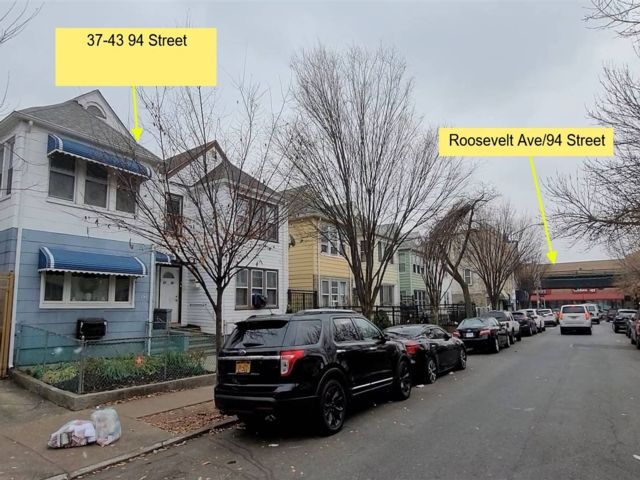 7 BR,  2.00 BTH Colonial style home in Jackson Heights