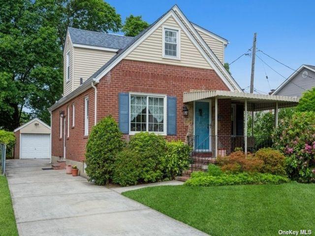 [New Hyde Park Real Estate, listing number 3187392]