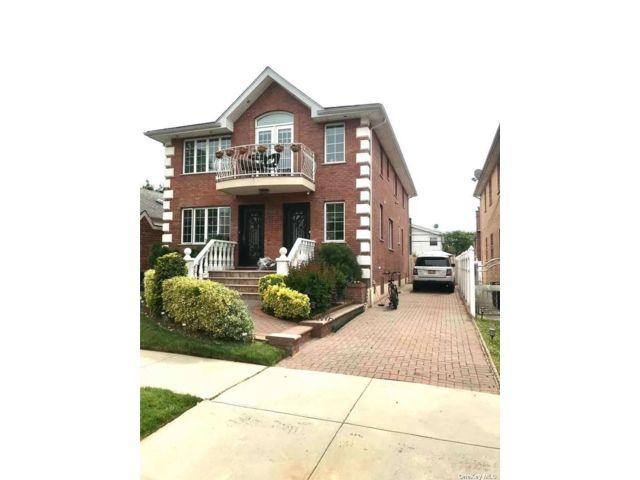 [Bayside Real Estate, listing number 3187460]