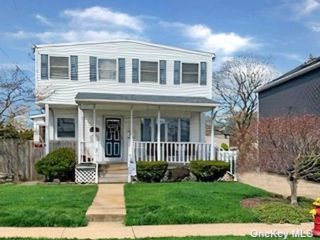 [Merrick Real Estate, listing number 3187685]