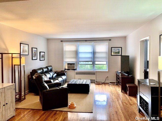 [Jackson Heights Real Estate, listing number 3187733]