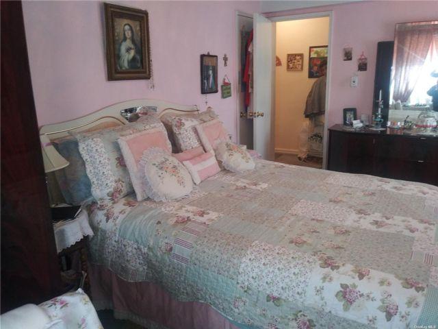 [Jackson Heights Real Estate, listing number 3187800]