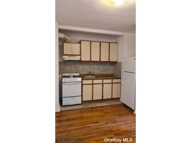 [Rego Park Real Estate, listing number 3188121]