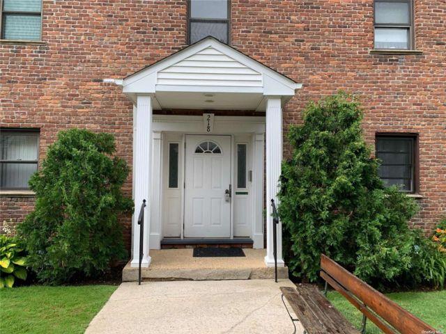 [Farmingdale Real Estate, listing number 3188409]