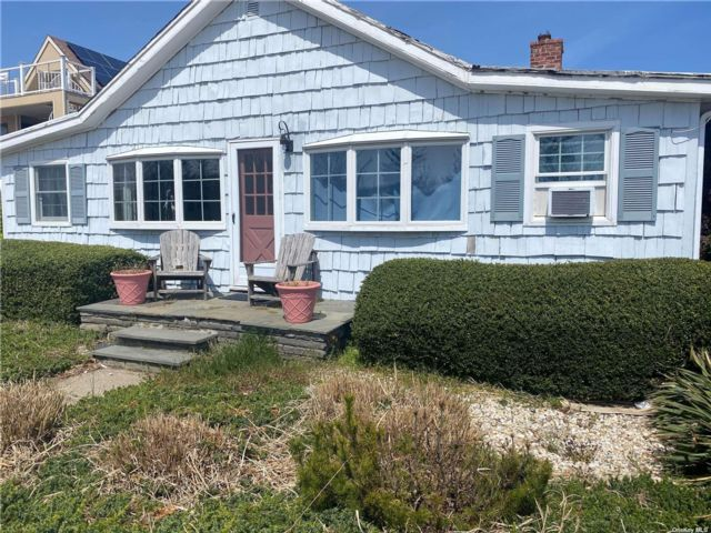 3 BR,  2.00 BTH Ranch style home in Point Lookout